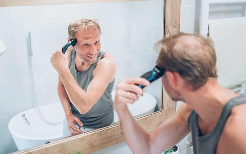 Do Women Like Bald Guys or Unattractive