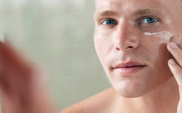 bald-Man-moisturising-hair-loss