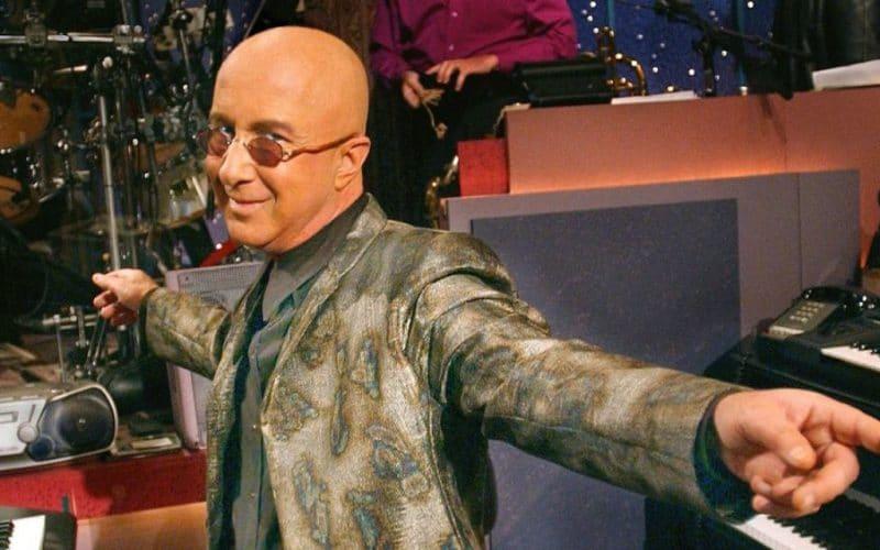 paul-shaffer-style-bald-celeb-icon-fashionable-stylish-man-top-10