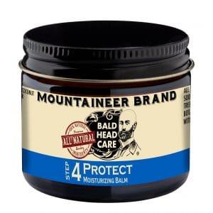 skincare-routine-for-bald-men-moisturizer