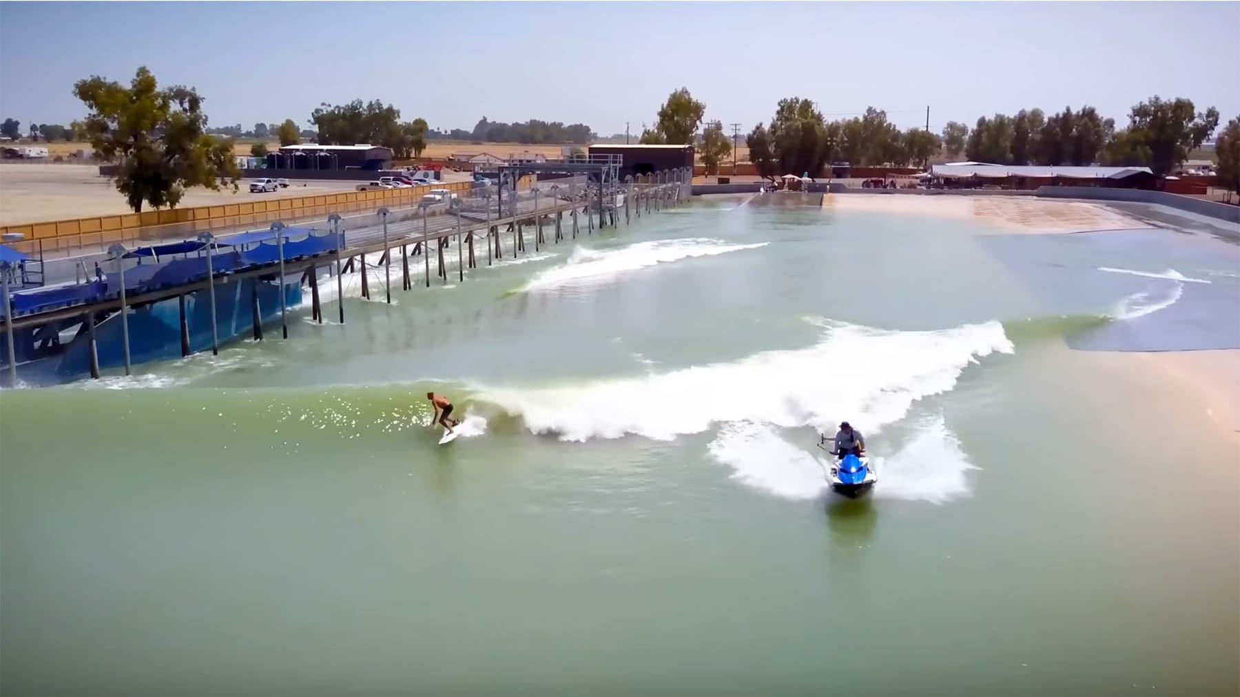 Kelly-Slater-surf ranch