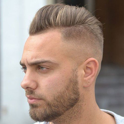 the short pomp hairstyle